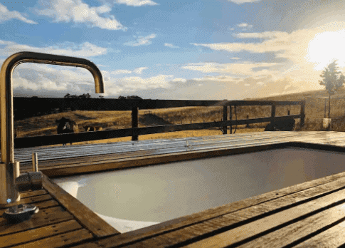 Tiny Home - Accommodation in Adelaide Hills - South Australia Road Trips