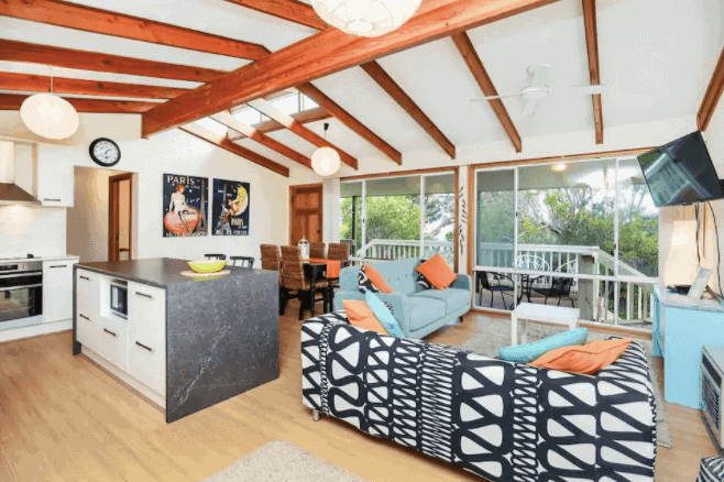 The Beach House - Airbnb Port Elliott - South Australia Road Trips