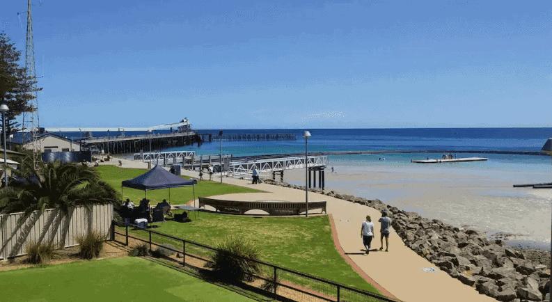 Wallaroo Custom House - Wallaroo Airbnb Accommodation - South Australia Road Trips