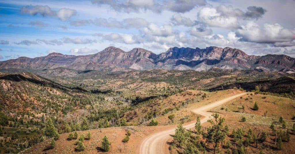 4WD Road - The Best Motorhomes & Campervans For Hire In Adelaide - South Australia Road Trips